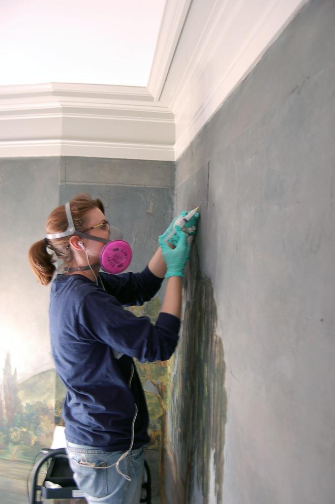 fixing wallpaper bubble
